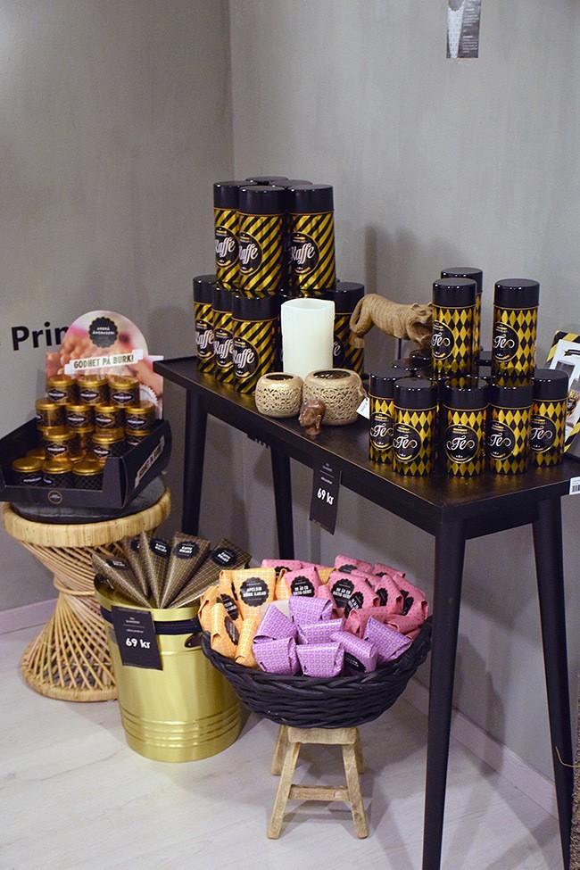 DSC_0811-shoproom