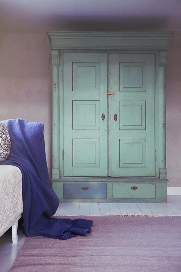 Måla med kalklitir på möbler